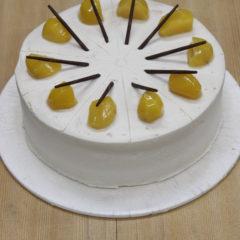 マロンのケーキ (ラム酒風味)