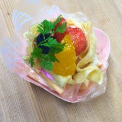 苺のクレープ包み